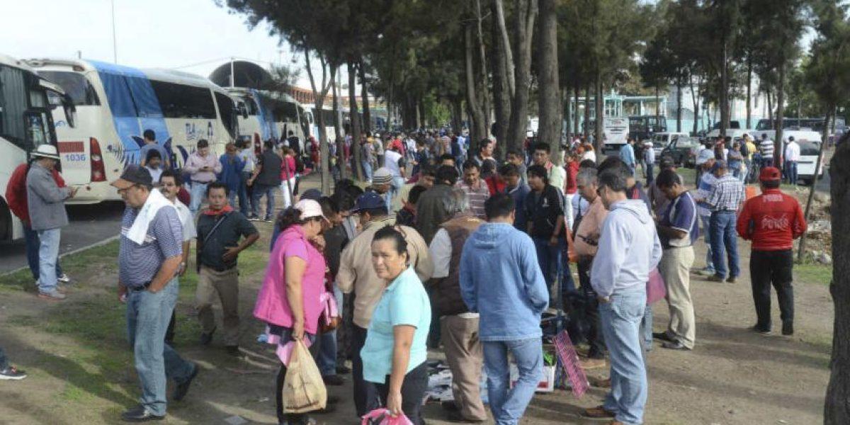CNTE marcha sobre Reforma; se dirige al Zócalo