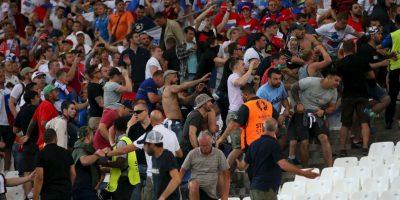 La pelea con los ingleses en el estadio sólo fue un precedente de lo que pueden seguir mostrando Foto:Getty Images