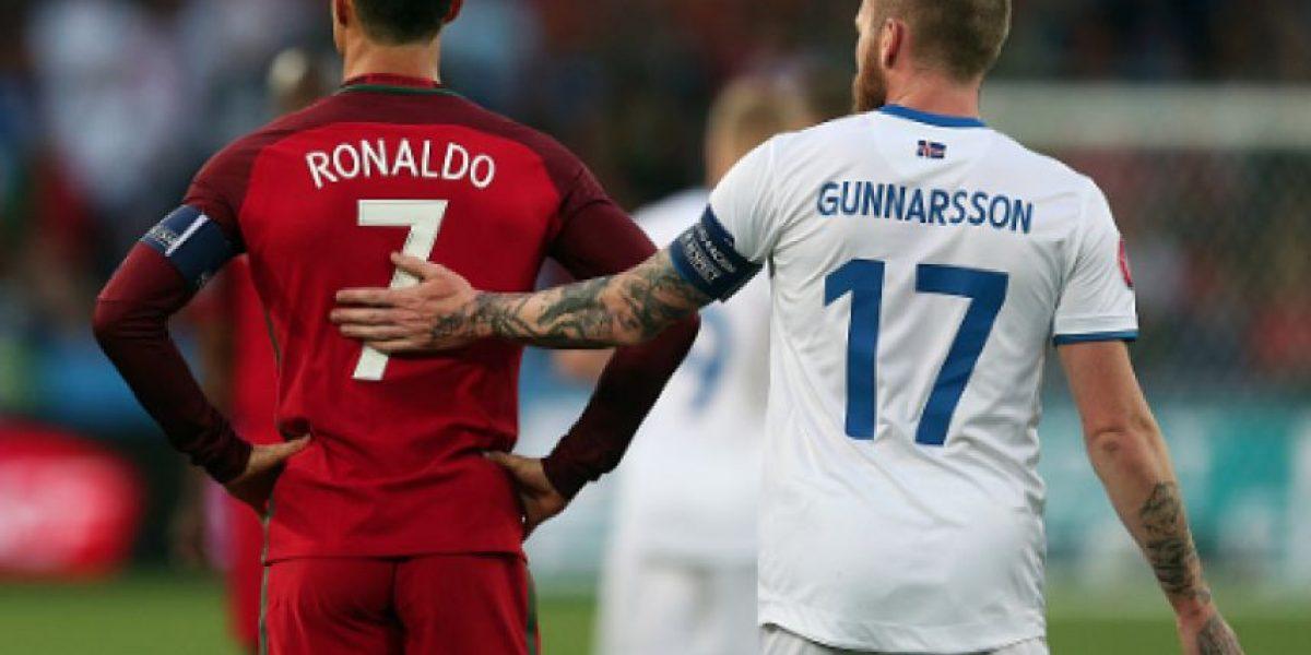 Desmiente islandés que Cristiano se haya negado a regalarle su jersey