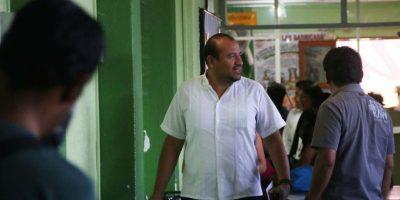 El profesor Francisco Villalobos Ricárdez, secretario de Organización de la sección 22 de la CNTE fue detenido por elementos de la PGR el 11 de junio de 2016. Foto:Cuartoscuro