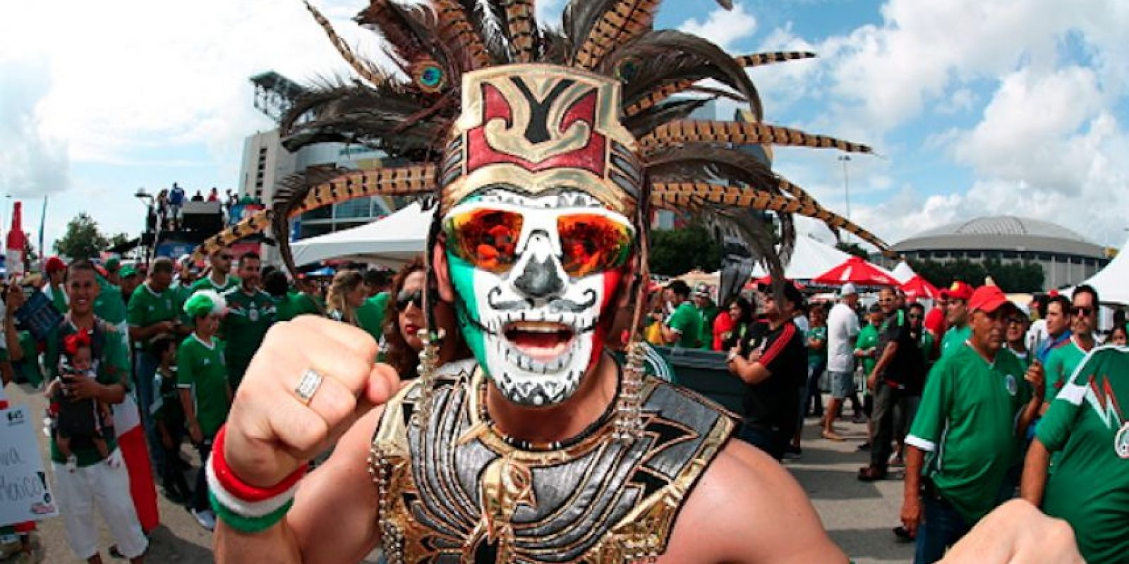 Los fanáticos mexicanos quisieron molestar a La Roja. Foto:Getty Images