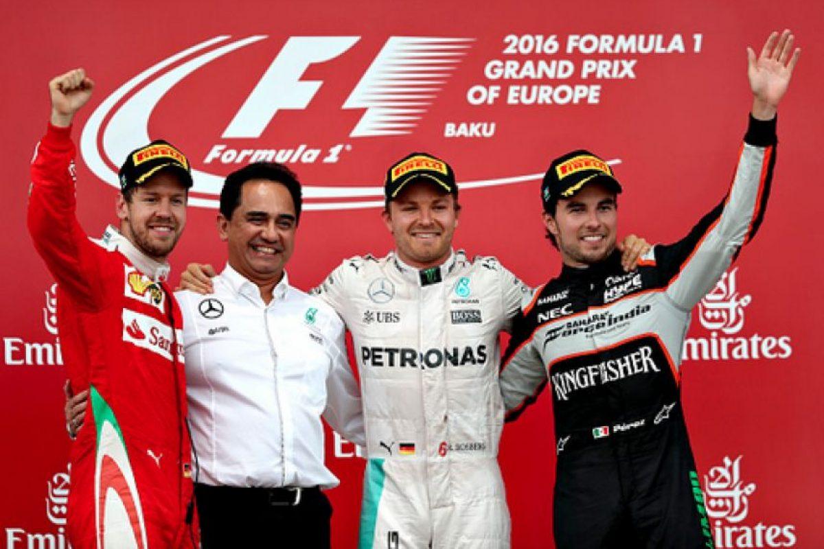 """""""Checo"""" sumó un nuevo podio en su carrera dentro de la Fórmula Uno. Foto:Twitter"""