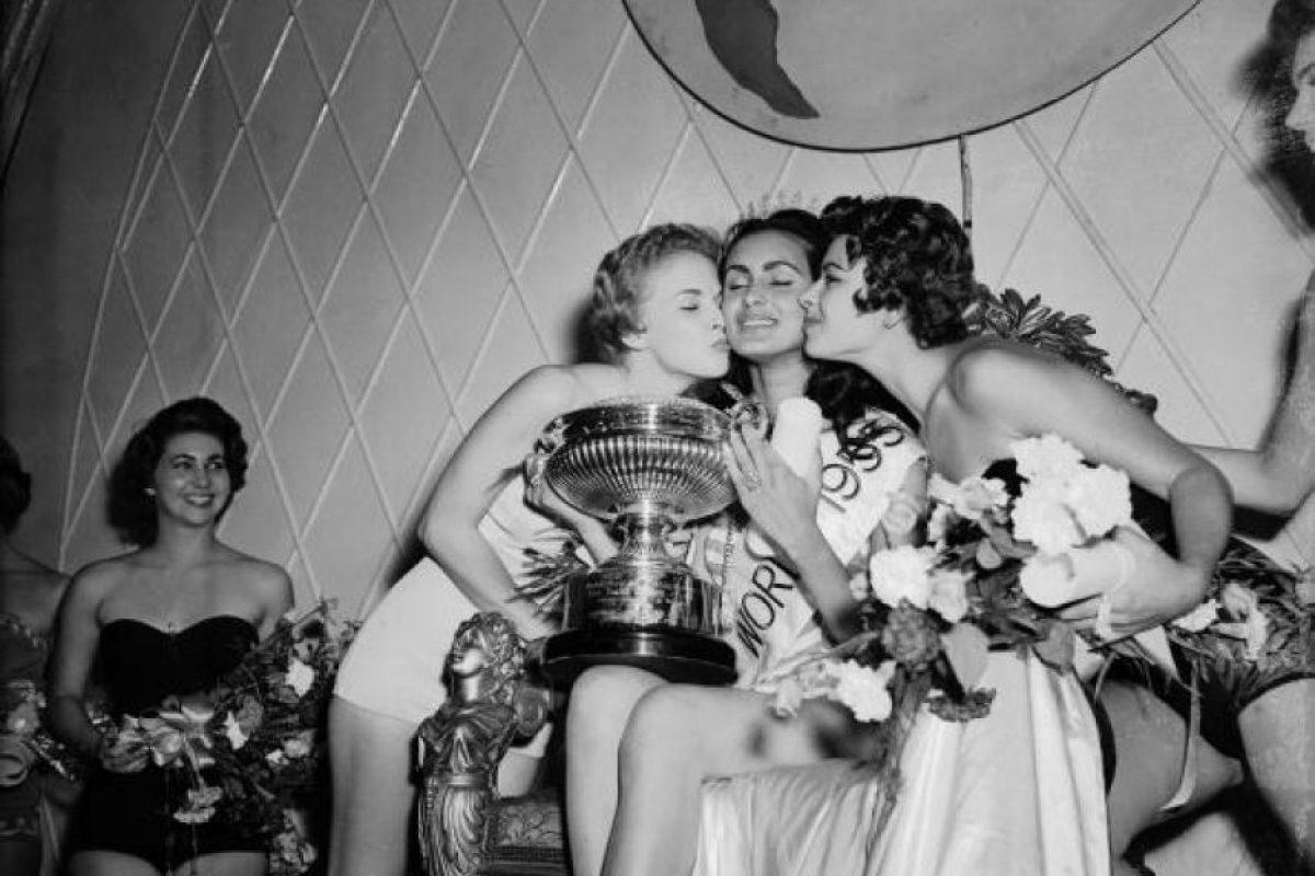 Susana Duijm fue coronada Miss Mundo en 1955 Foto:Gettyimages