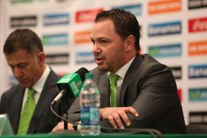 Santiago Baños respaldó a Osorio. Foto:Getty Images