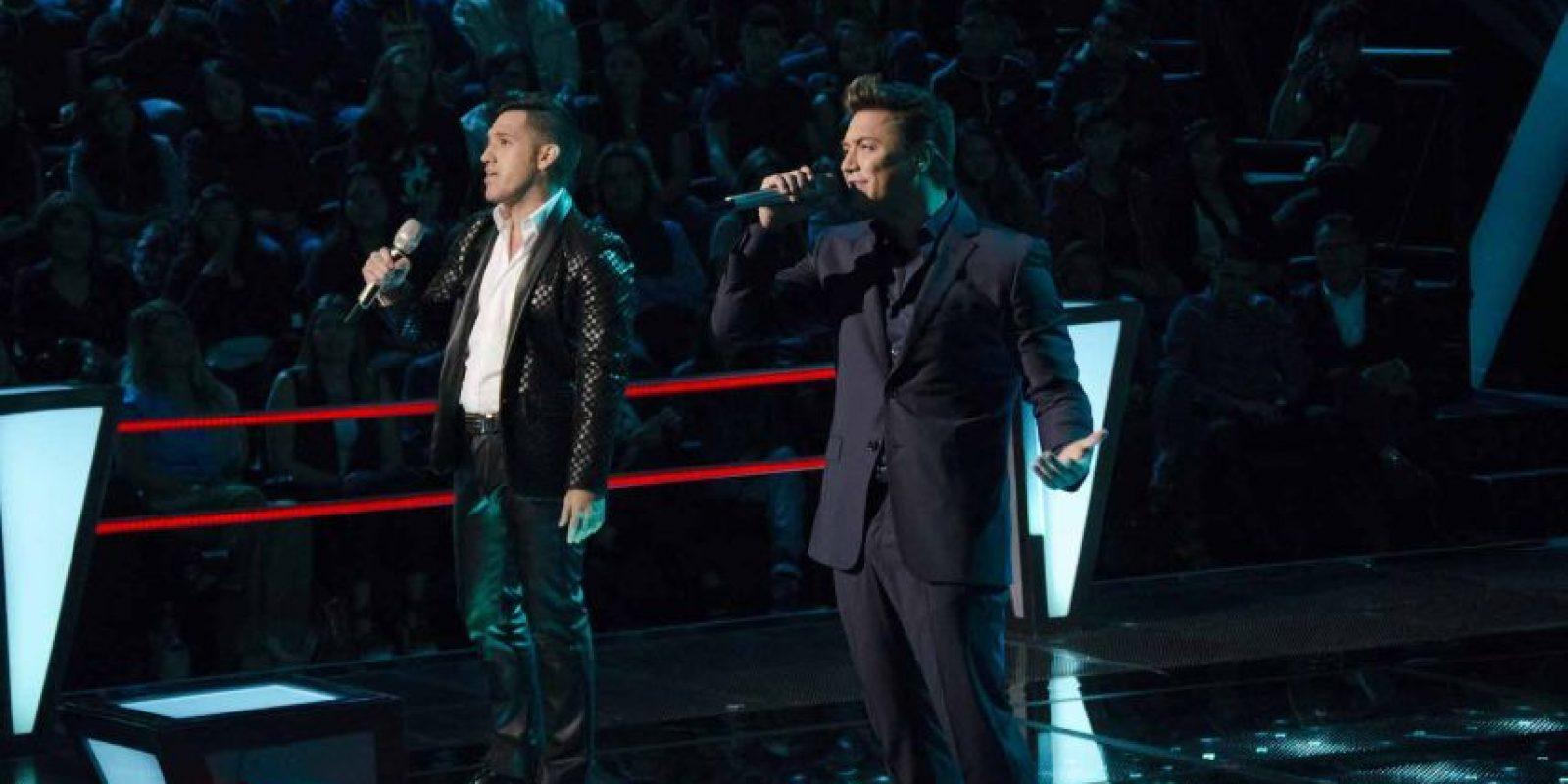 """José Talamantes y Gustavo Lara cantaron """"Me dediqué a perderte"""" – Gloria Trevi eligió a José. Foto:Televisa"""
