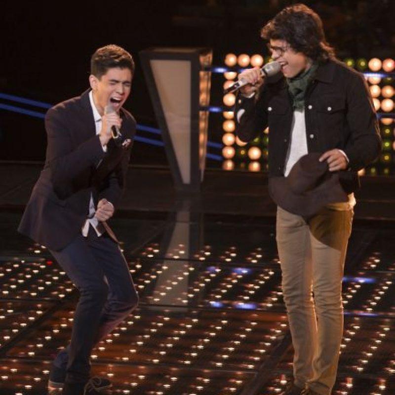 Alejandro Sanz les propuso a Lucho y a Manu Negrete pasar a la siguiente etapa como dueto y ellos aceptaron. Foto:Televisa
