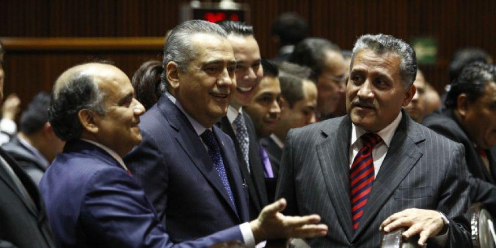 Aún así, el nombre de otros priistas, como el senador Arturo Zamora, en la extrema derecha, podría ser el próximo dirigente. Foto:Cuartoscuro