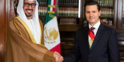 Con el nuevo embajador de los Emiratos Árabes Unidos, Ahmed Hatem Barghash Al Menhali Foto:Notimex