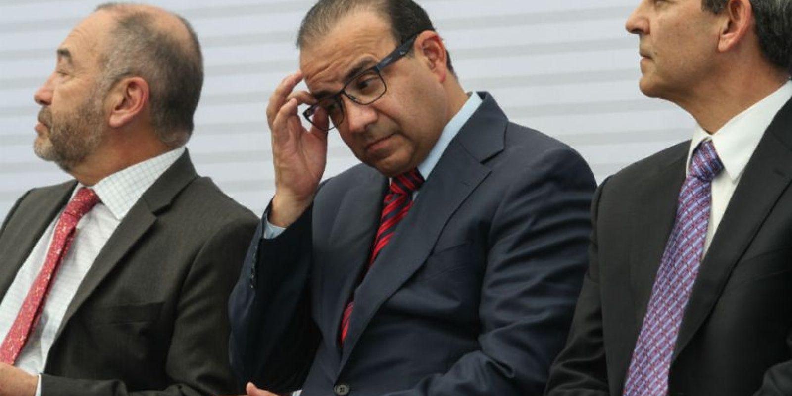 El titular de la Secretaría del Trabajo, Alfonso Navarrete, en el centro, es otros de los posibles sucesores. Foto:Cuartoscuro