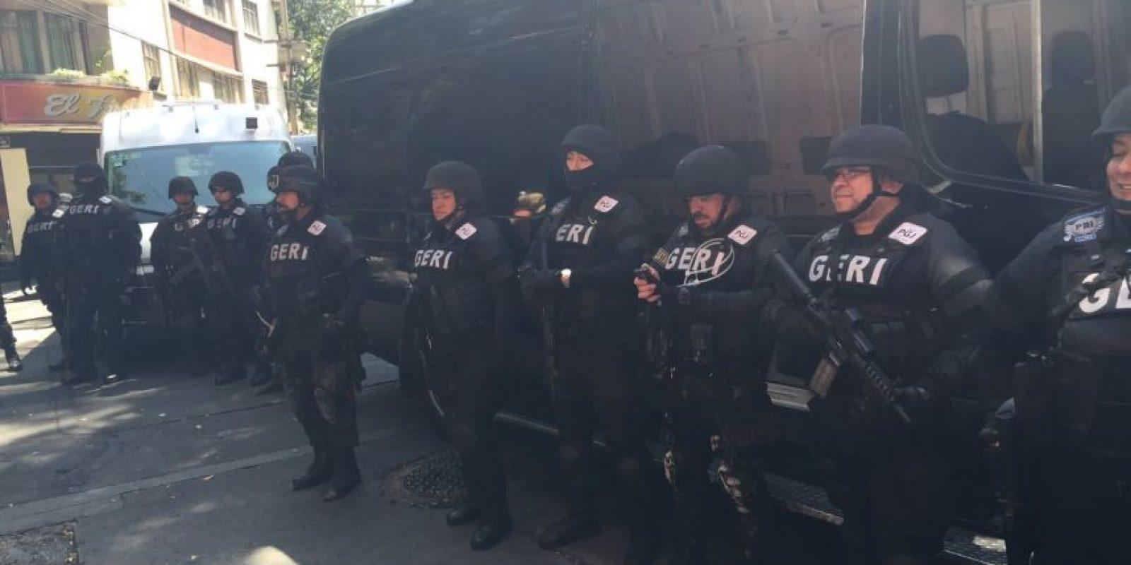 Los elemento de seguridad vigilaron el operativo Foto:Twitter @PGJDF_CDMX