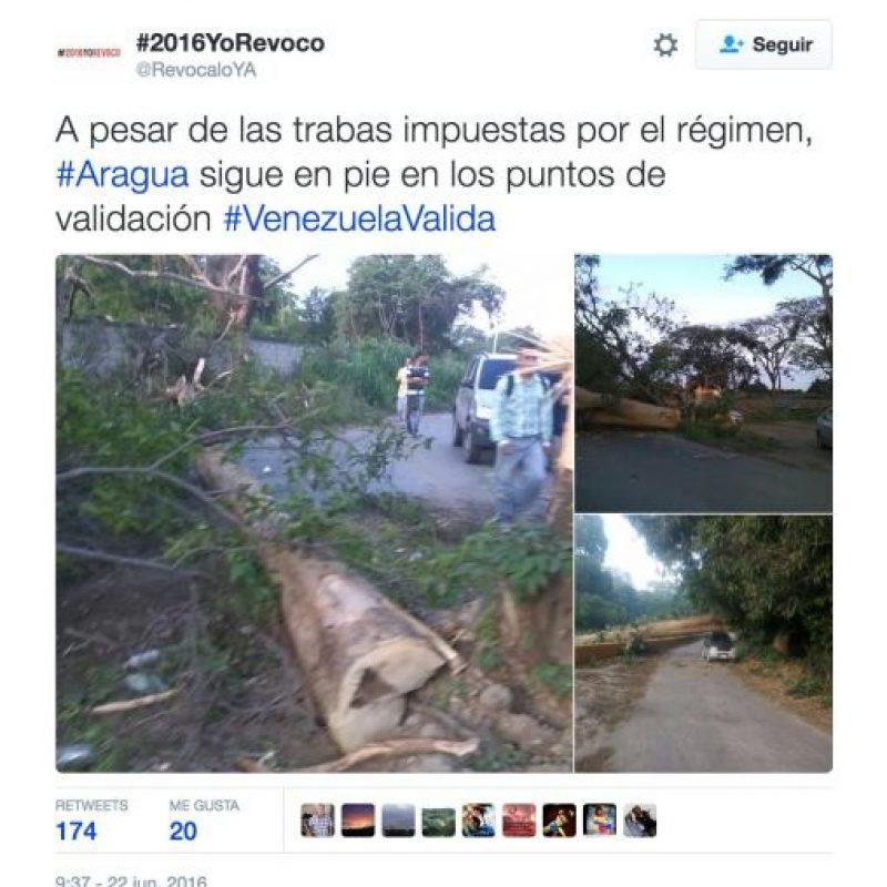 Y la obstaculización de caminos, igual acusan al gobierno de Maduro Foto:Twitter.com/RevocaloYA
