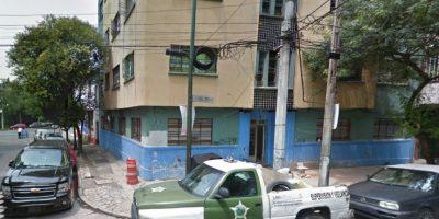 Algunos autos han estado en el exterior desde hace años. Julio 2014 Foto:Google Maps
