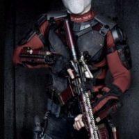 """Por otra parte, Will Smith, que interpreta a """"Deadshot"""", recibió una caja de balas. Foto:The Grosby Group"""