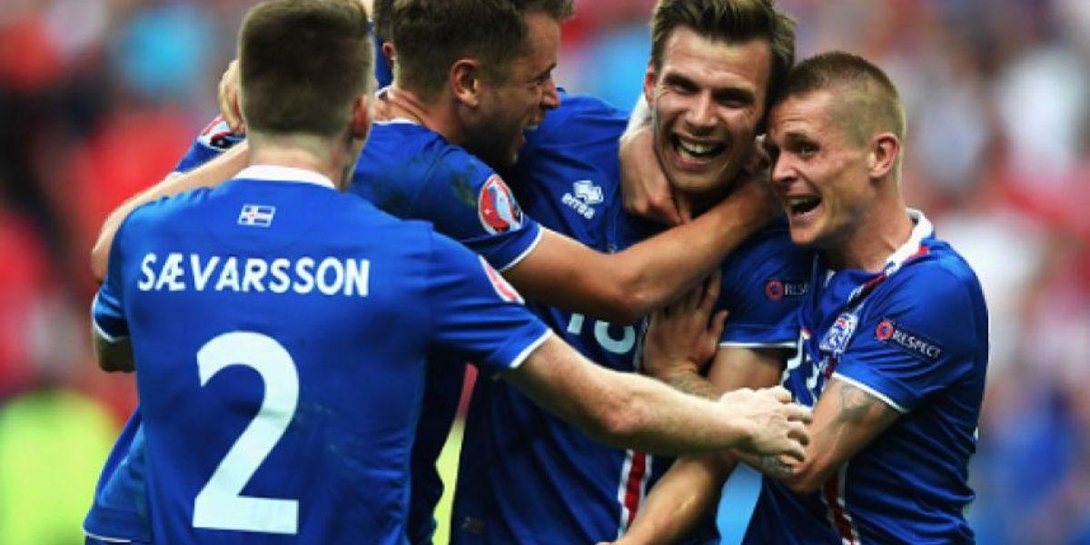 Islandia la hace de