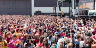 Cleveland se entrega a los Cavs en los festejos por el título de la NBA Foto:Getty Images