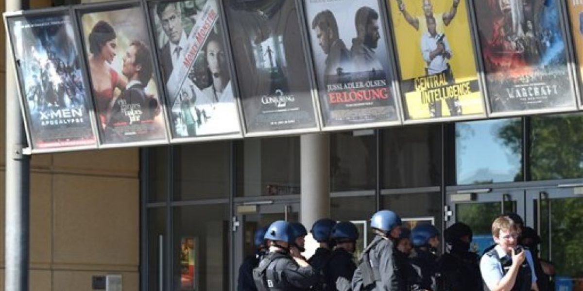 Policía alemana confirma que todos los rehenes del cine están ilesos