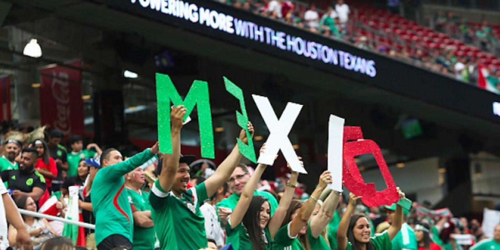 Aficionados mexicanos durante la Copa América Centenario. Foto:Getty Images