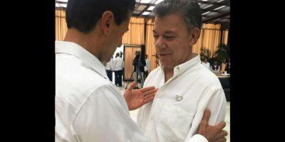 El mandatario fue testigo de honor del histórico acuerdo de paz entre el gobierno colombiano y las FARC en la Habana Foto:Presidencia