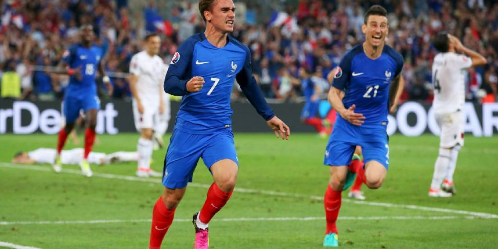 Francia aprovechó la localía y ganó el Grupo A de la Eurocopa Foto:Getty Images