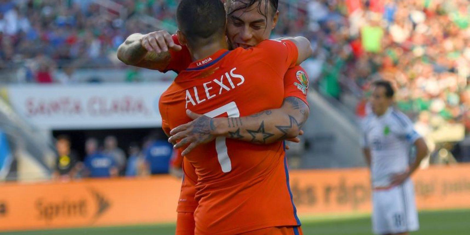 Chile, en tanto, no tuvo mayores complicaciones para avanzar de ronda y goleó por 7 a 0 a México Foto:Getty Images