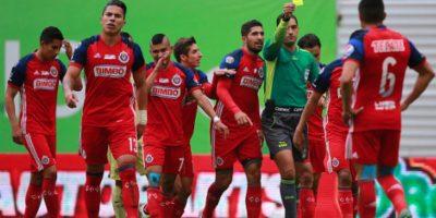 Chivas TV consumirá muchos datos para ver partidos del Guadalajara Foto:Getty Images