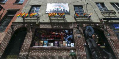 El bar Stonewall Inn es un ícono del movimiento de los homosexuales, las lesbianas, los bisexuales y las personas transgénero Foto:AP