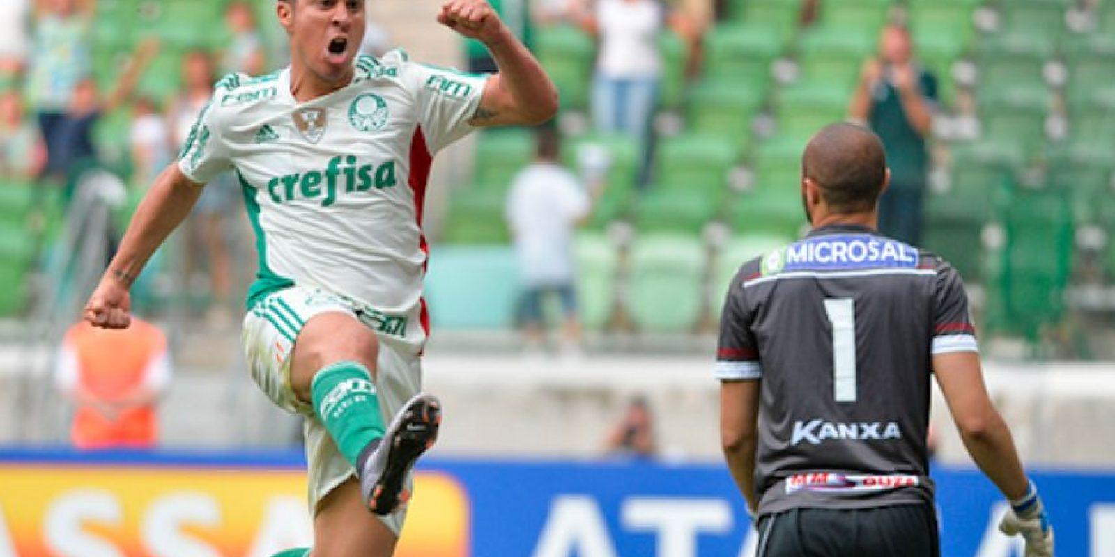 Con 27 años de edad, este argentino ha jugado en diversos países. Foto:Getty Images