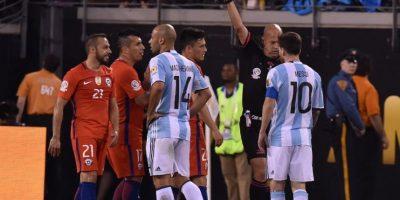 Expulsiones, actuaciones y casi un jugador más se creyó Heber Lopes Foto:AFP