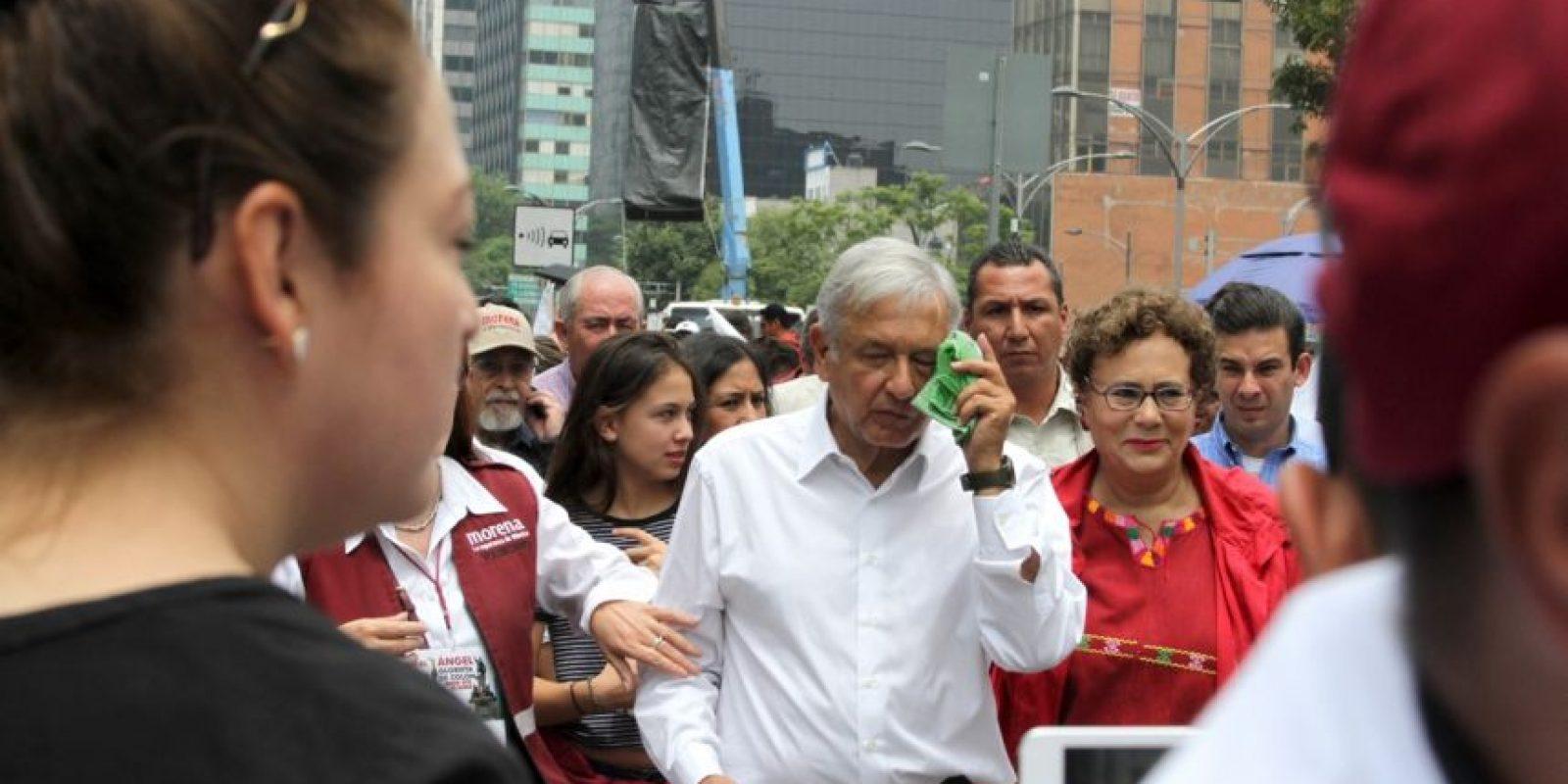 López Obrador pidió al gobierno la destitución del secretario de Gobernación, Miguel Ángel Osorio Chong Foto:Nicolás Corte
