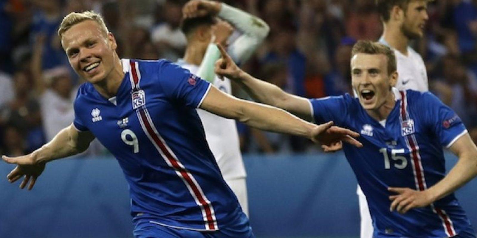Con goles de Sigurdsson y de Sigthorsson, Islandia dejó en el camino a los ingleses. Foto:AP