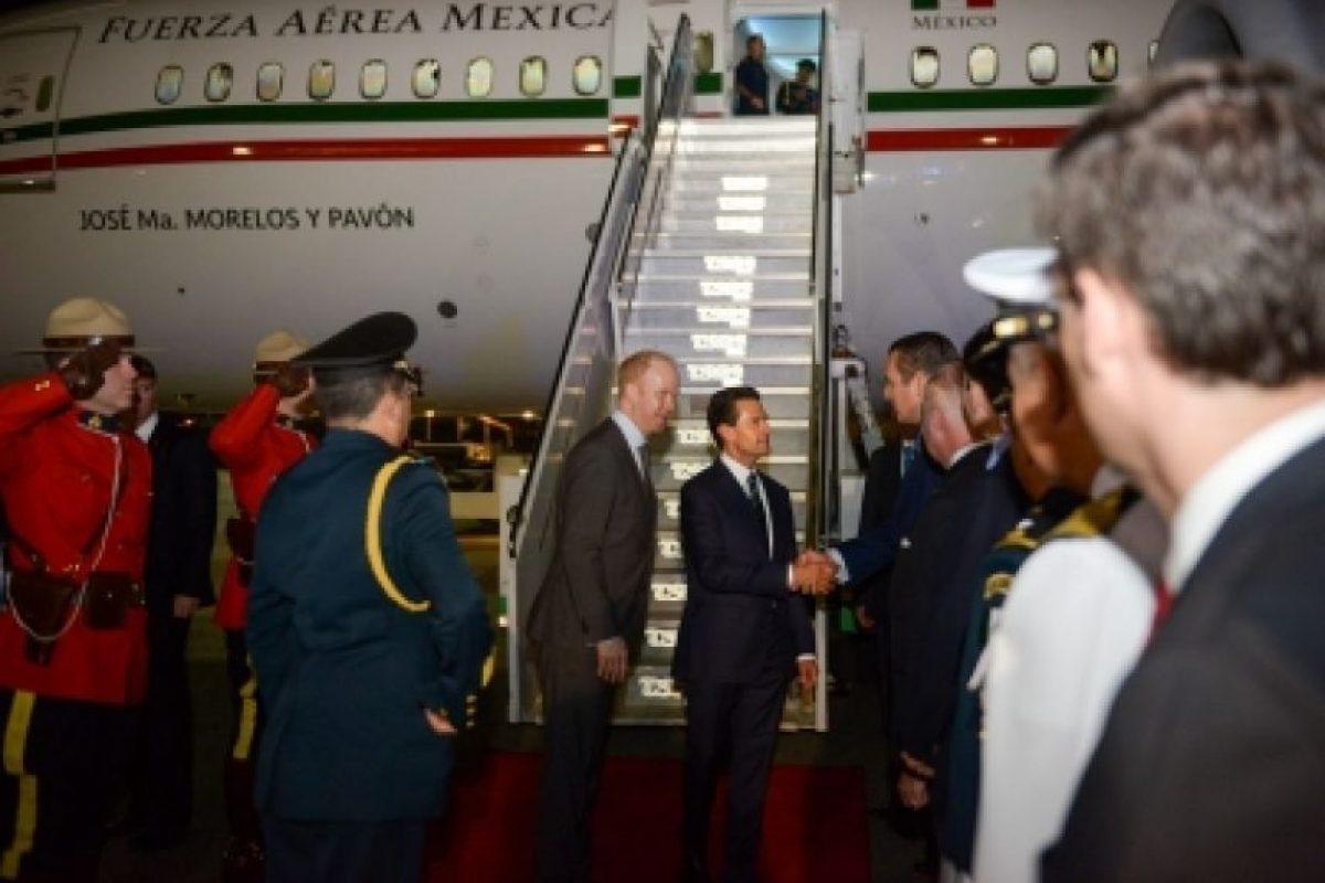 El mandatario llegó a bordo del avión presidencial Foto:Notimex