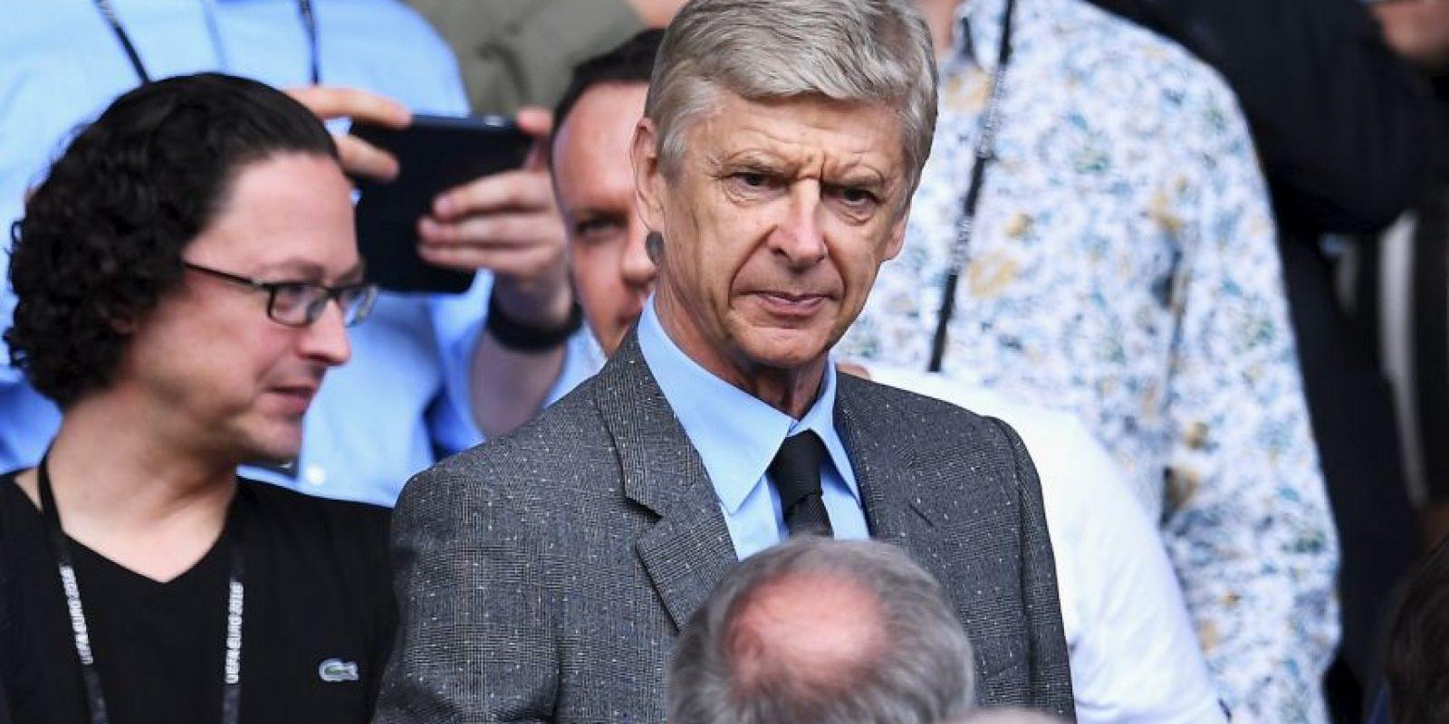 Arsene Wenger es uno de los nombres que asoma en el horizonte inglés Foto:Getty Images
