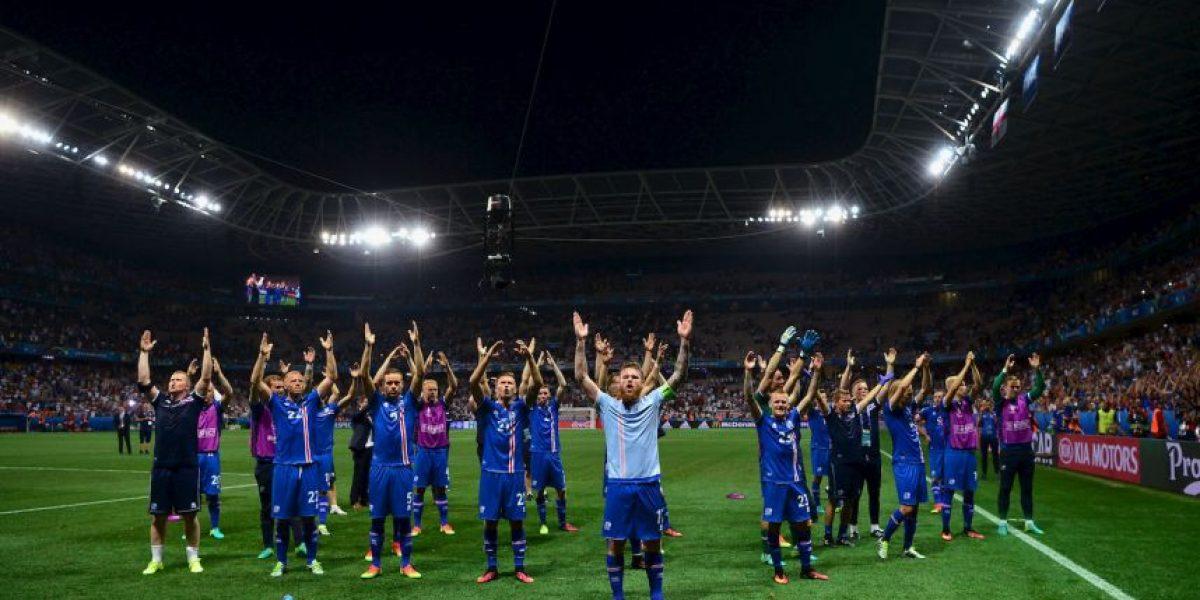 La intimidante celebración de Islandia que es sensación en la Euro