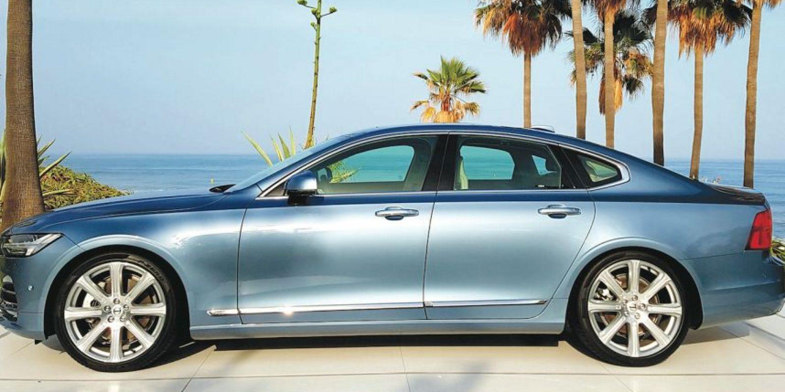 El diseño de este deportivo es alucinante, además de que todo forma parte de un concepto aerodinámico Foto:Porsche