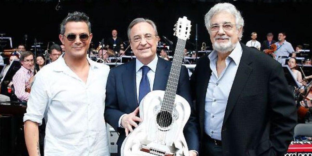 Estrellas desfilan para honrar a Plácido Domingo en España