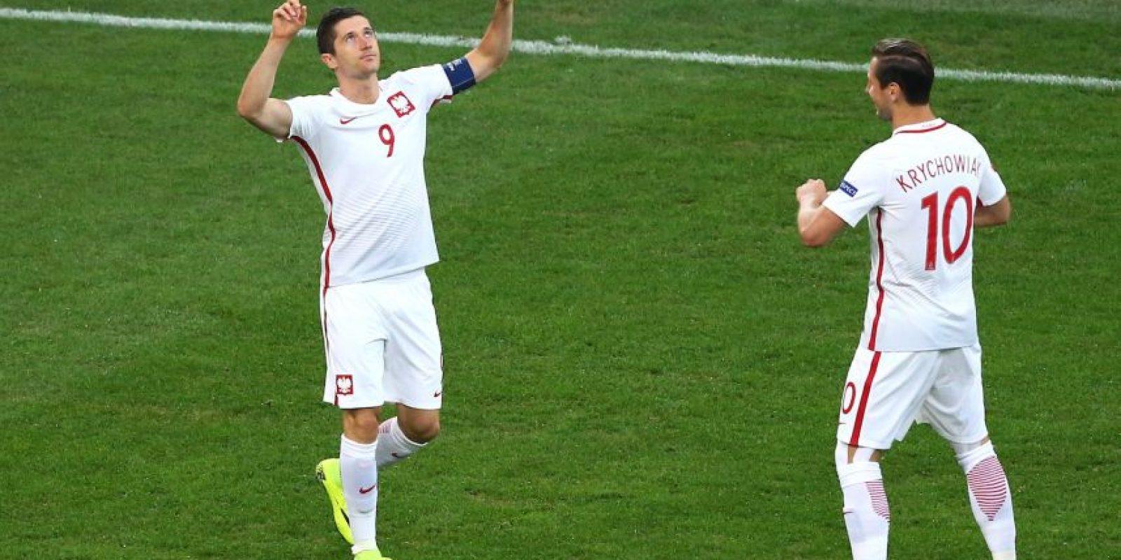 Cuatro partidos tuvieron que pasar para que Robert Lewandowski anote su primer gol en la Eurocopa 2016 Foto:Getty Images
