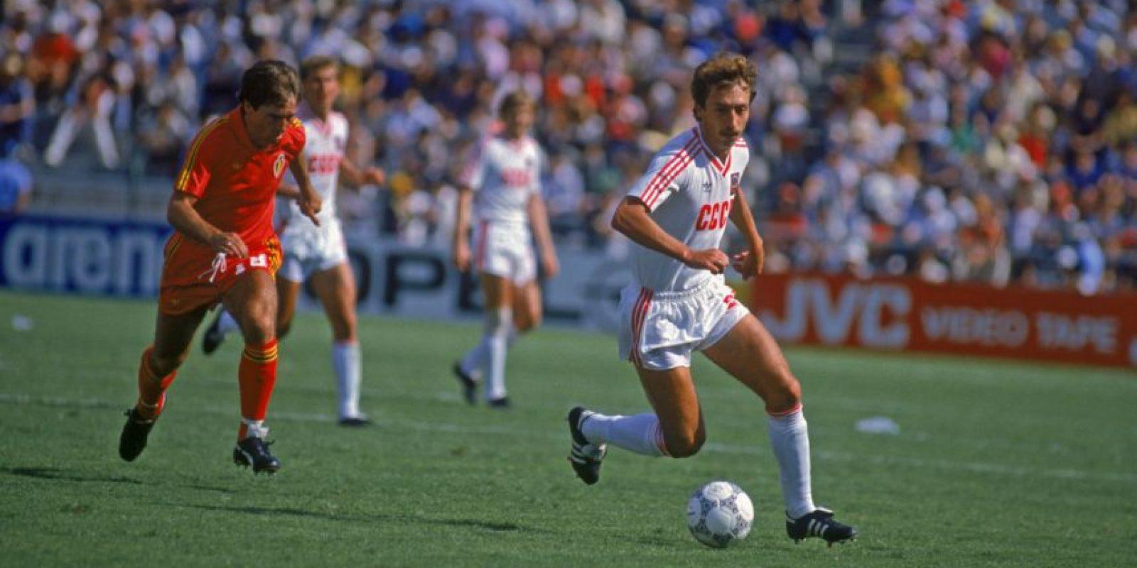 Sergei Aleinikov es el cuarto tanto más rápido y lo consiguió cuando marcó a los 2:07 minutos en la victoria por 2 a 1 ante Irlanda en la Eurocopa de 1988 Foto:Getty Images