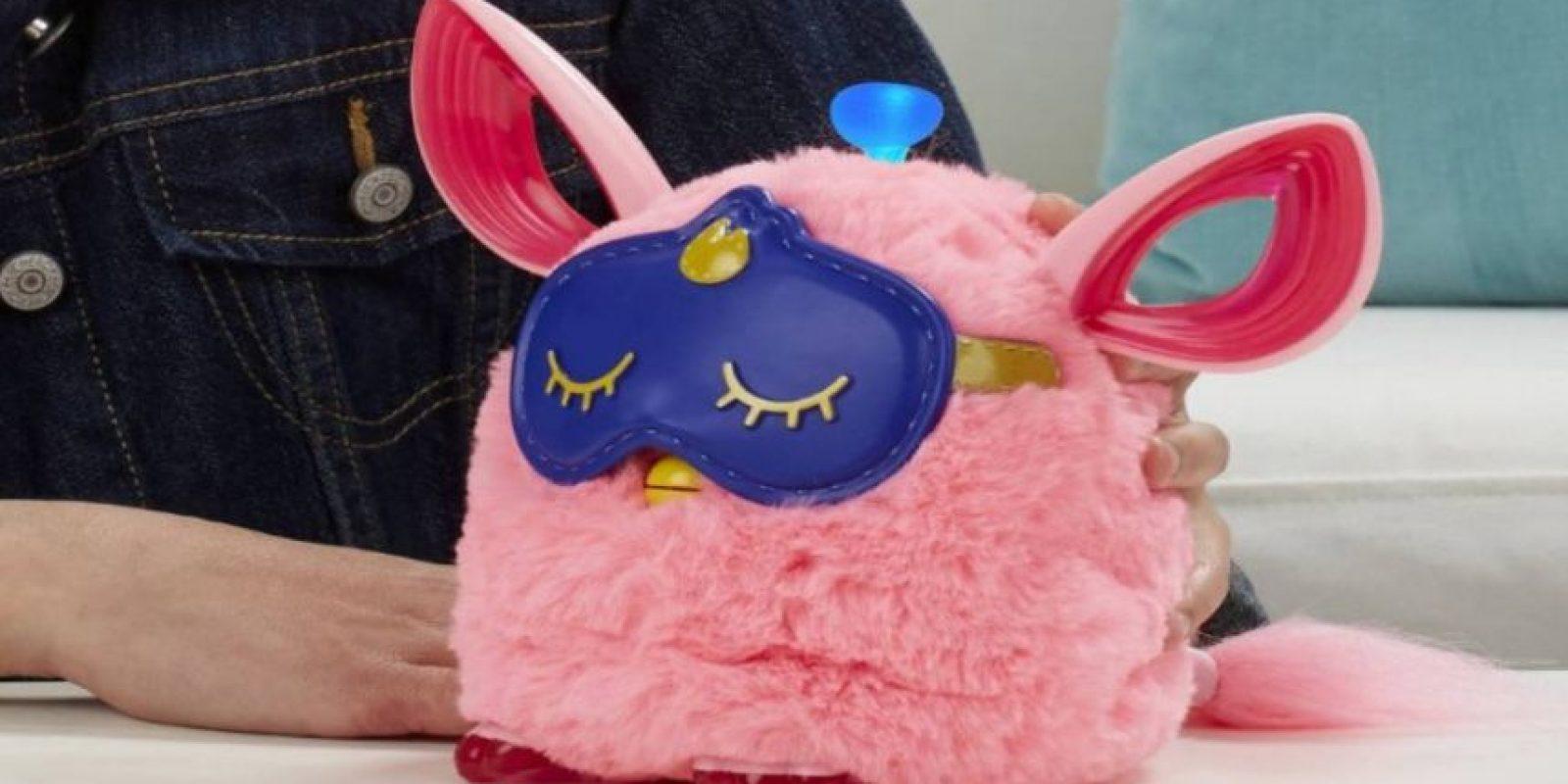 ¡Y tiene una máscara para dormir! Foto:Amazon/Hasbro
