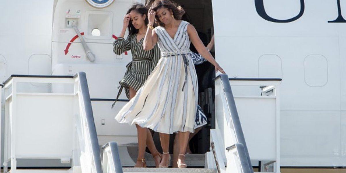 ¡Efecto Marilyn Monroe! Hija de Obama es víctima de fuerte viento