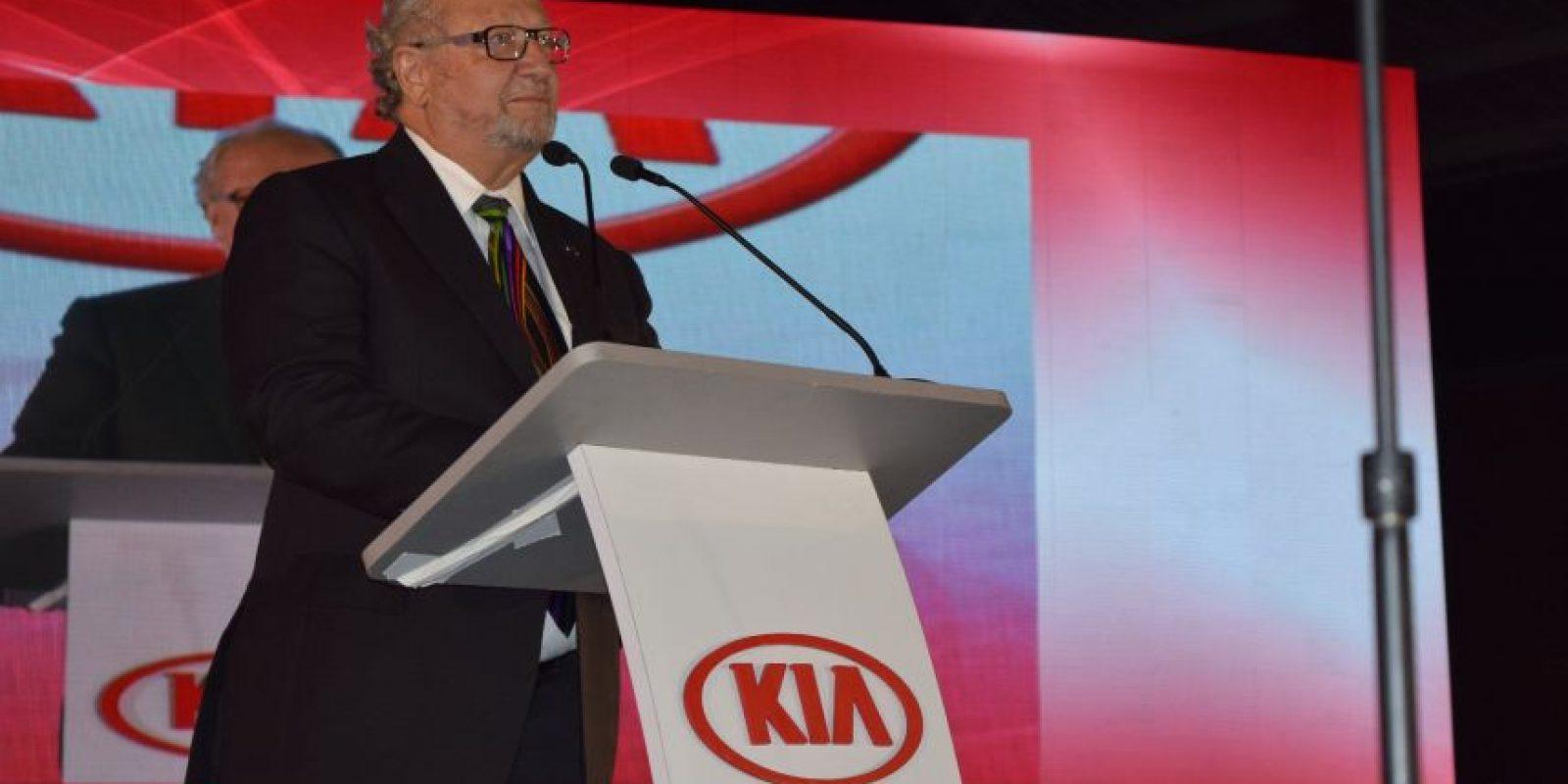 Alberto López de Nava, presidente de la Asociación de Distribuidores KIA Foto:Cecilia Arce