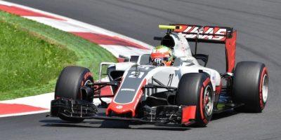 Esteban Gutiérrez tuvo un buen día y estuvo a nada de colarse a la Q3. Foto:AP