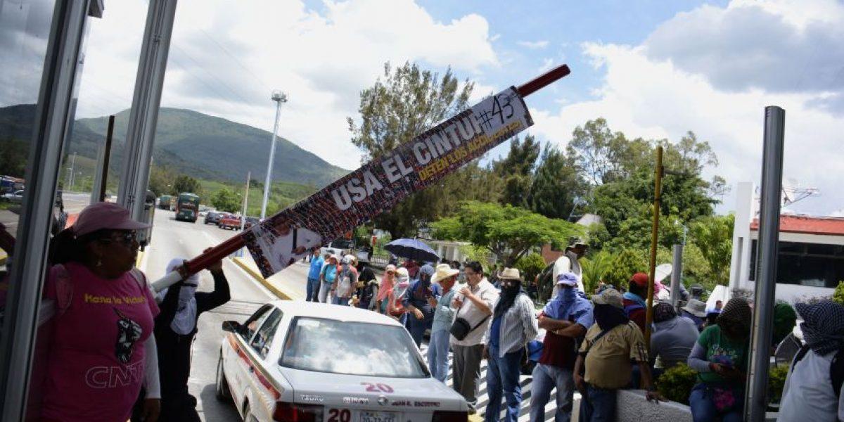 CNTE no ha retirado bloqueos como lo confirmó el gobierno de Cué