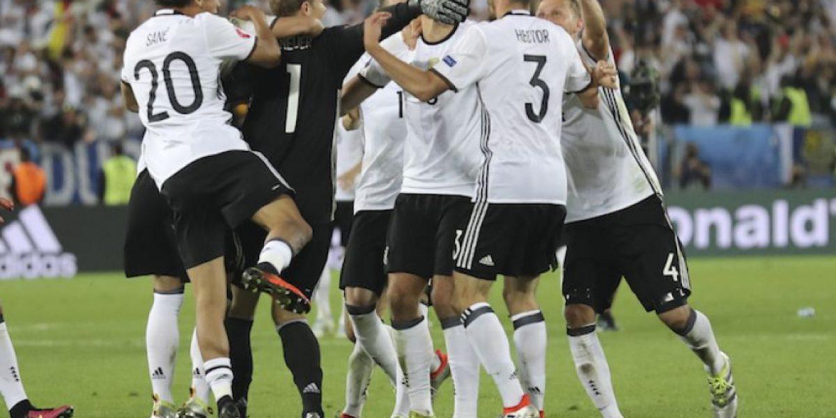 ¡Alemania vive! Italia le regaló el boleto a semifinales en penaltis