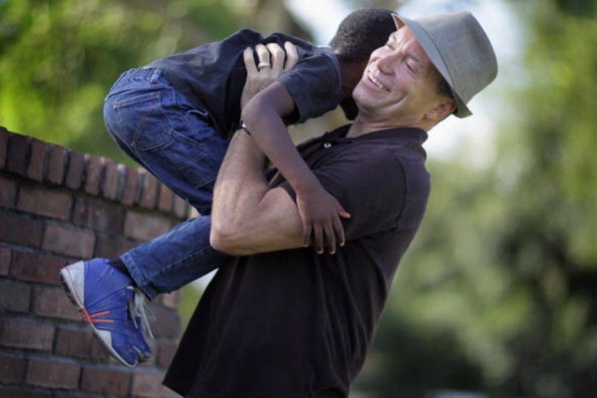 Algunos de los criterios para ser un buen padre adoptivo son: Foto:Getty Images