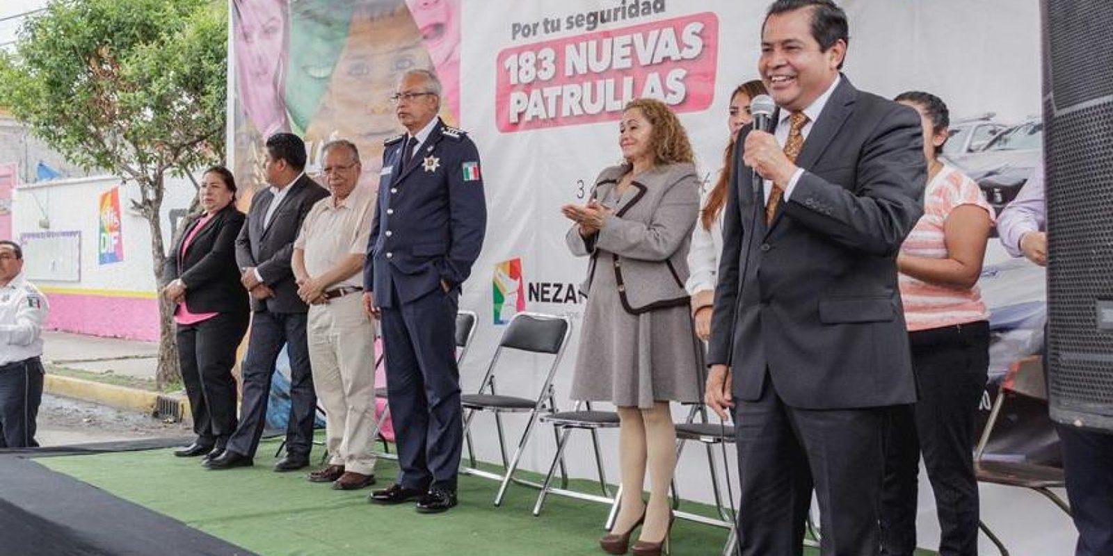 El presidente municipal, Juan Hugo de la Rosa, dio el banderazo de salida Foto:Facebook/Ayuntamiento.Neza