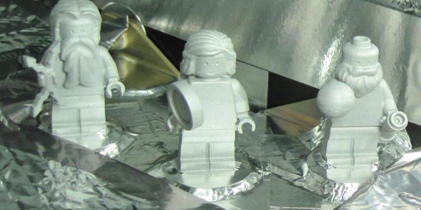 """Las tres figuritas de LEGO que llegaron a Júpiter en la sonda """"Juno"""" Foto:NASA"""