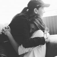 Yolanda Andrade visitó a su amiga en el hospital Foto:Instagram/montserrat33