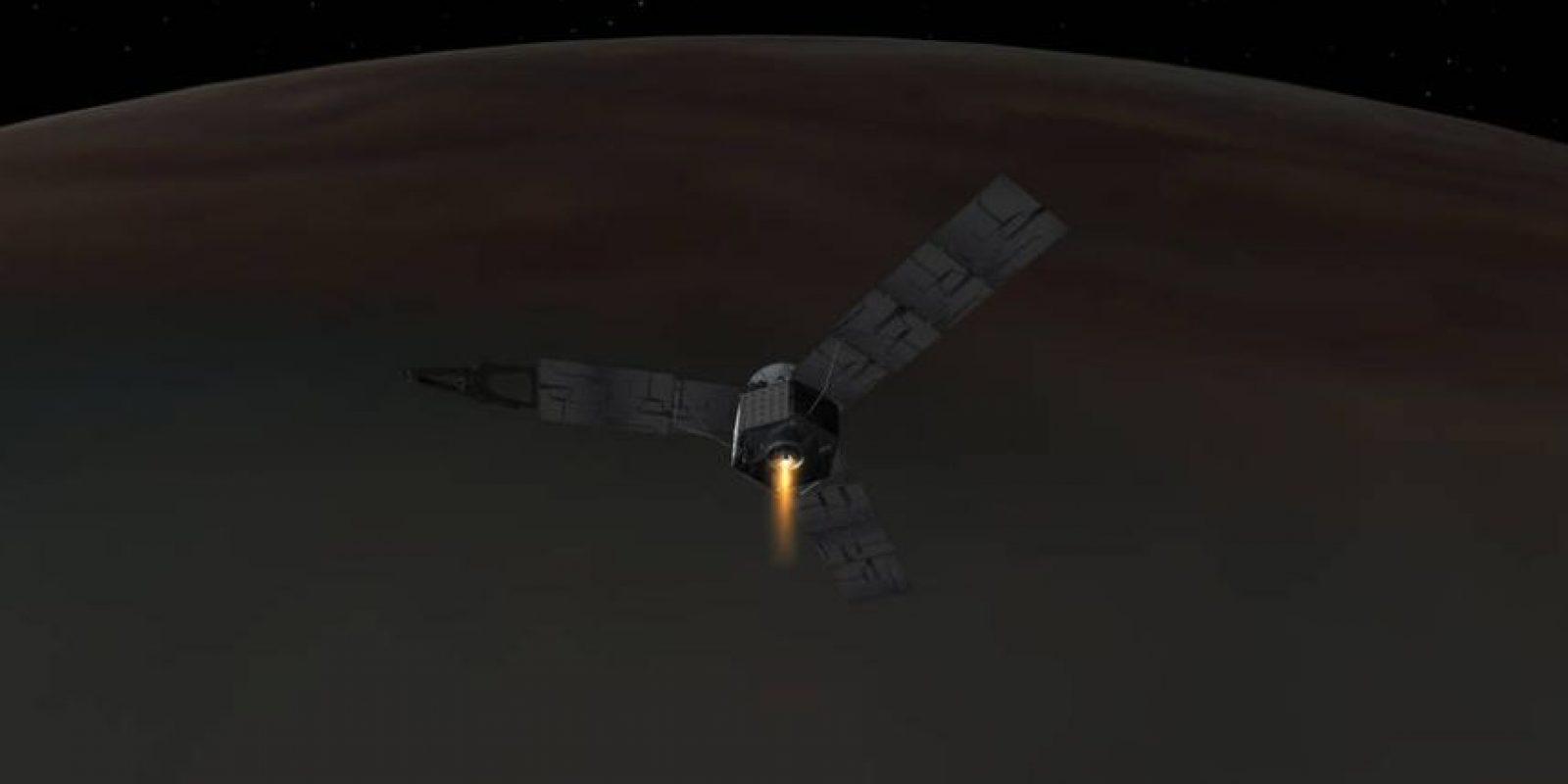 Juno es la primera nave con energía solar diseñada por la NASA para operar a una distancia tan alejada del astro rey, cinco veces más que la de la Tierra. Foto:NASA