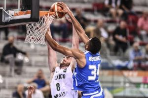 Los 12 Guerreros caen ante Grecia pero siguen con vida Foto:FIBA