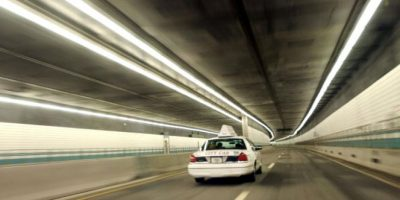 El conductor pensó en quedárselos, pero decidió entregarlos a la policía Foto:Getty Images